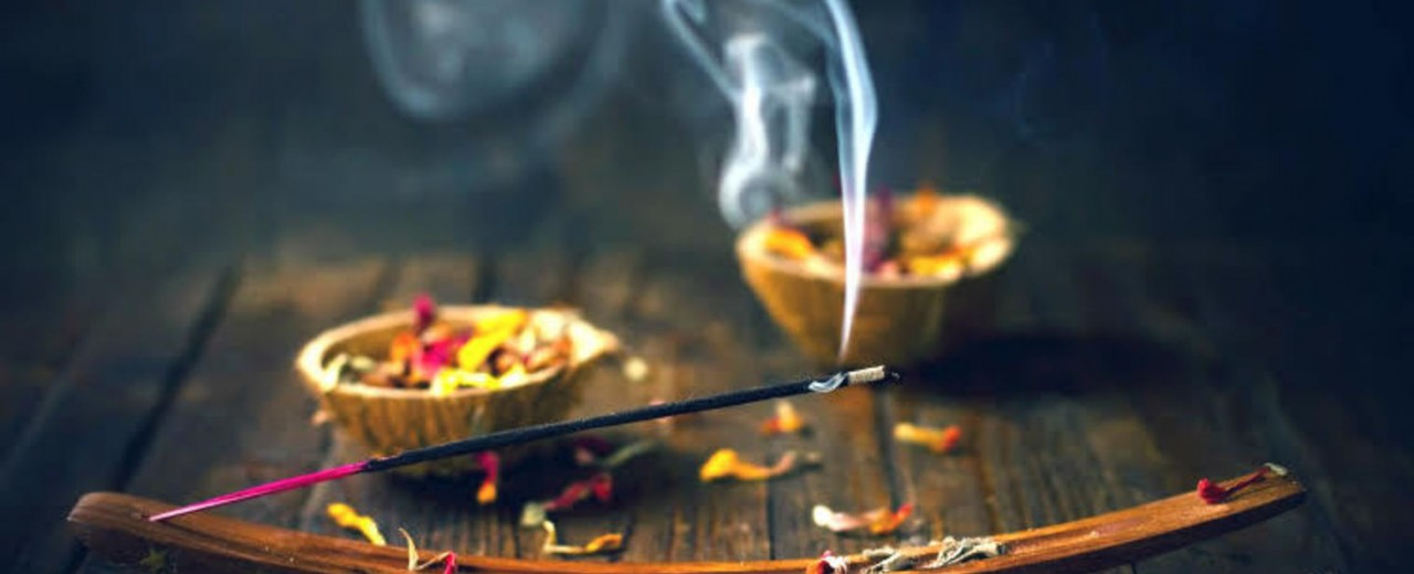 How To Prepare Your Incense At Home