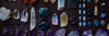 Crystals and Herbs You Can Use In Your Rituals